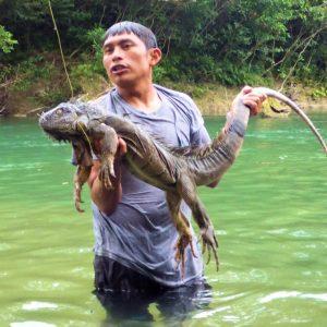 28-Valencio and Iguana